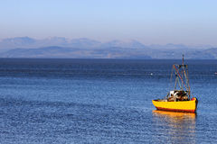 Άποψη πέρα από τον κόλπο Morecambe στους λόφους περιοχής λιμνών Στοκ Φωτογραφία