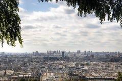 Άποψη πέρα από το Παρίσι από το montmartre στοκ εικόνες με δικαίωμα ελεύθερης χρήσης