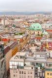 Άποψη πανοράματος πόλεων της Βιέννης από τον καθεδρικό ναό Αυστρία του ST Stephan στοκ φωτογραφία