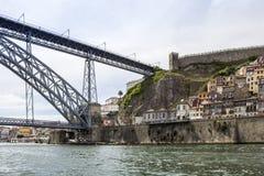 Άποψη παλαιού στο κέντρο της πόλης, της πόλης Castle και της διάσημης γέφυρας DOM Luiz Στοκ Φωτογραφία