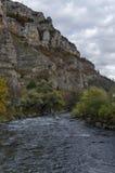 Άποψη προς μέρος του ποταμού Iskar και defile Iskar, Lakatnik Στοκ φωτογραφίες με δικαίωμα ελεύθερης χρήσης