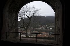 Άποψη πόλεων της Χαϋδελβέργης από ένα παράθυρο, Γερμανία στοκ εικόνες με δικαίωμα ελεύθερης χρήσης