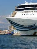 Άποψη πλωρών κρουαζιερόπλοιων Στοκ εικόνες με δικαίωμα ελεύθερης χρήσης