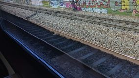 Άποψη ραγών από την κίνηση του τραίνου απόθεμα βίντεο