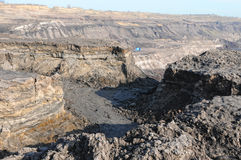 Άποψη σε ένα ανοικτό ανθρακωρυχείο Στοκ Εικόνες