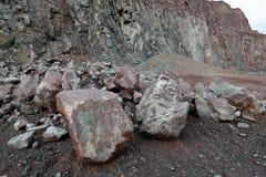 Άποψη σε ένα ορυχείο λατομείων για porphyry τους βράχους Στοκ Εικόνα