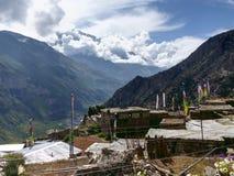 Άποψη σε Annapurna ΙΙΙ στο χωριό Ghyaru Στοκ Φωτογραφίες