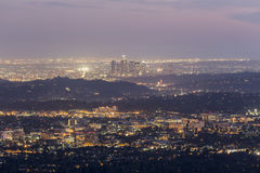 Άποψη σούρουπου του Λος Άντζελες Καλιφόρνια Στοκ φωτογραφία με δικαίωμα ελεύθερης χρήσης