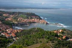 Άποψη στην παράκτια πόλη Collioure στο νότο της Γαλλίας στοκ φωτογραφία