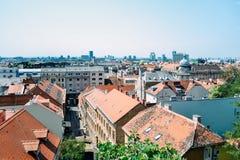 Άποψη στην πόλη του Ζάγκρεμπ από το ανώτερο μέρος της κωμόπολης, Κροατία Στοκ Εικόνα