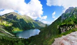 Άποψη στη μαύρη λίμνη από Tatras Στοκ Εικόνες