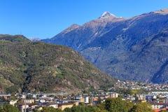 Άποψη στη Μπελιντζόνα, Ελβετία Στοκ Εικόνες