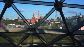 Άποψη στη Μόσχα Κρεμλίνο από το πάρκο Zaryadye απόθεμα βίντεο