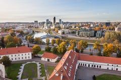 Άποψη στο Εθνικό Μουσείο και τον ποταμό Neris Στοκ Εικόνα