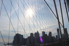 Άποψη στο Μανχάταν από τη γέφυρα του Μπρούκλιν στοκ εικόνες