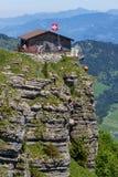 Άποψη στο πανδοχείο Berggasthaus, Ebenalp, Ελβετία Στοκ Εικόνες