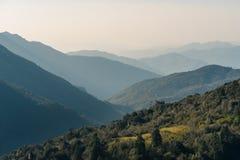Άποψη στρώματος βουνών από το σημείο άποψης Hill Poon, Annapurna, Pokhar Στοκ Εικόνες