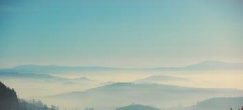 Άποψη σχετικά με τα βουνά στη χαμηλότερη Σιλεσία Στοκ φωτογραφία με δικαίωμα ελεύθερης χρήσης