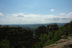 Άποψη σχετικά με τα βουνά ψαμμίτη Elbe στοκ εικόνες