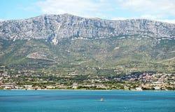 Άποψη σχετικά με την πόλη Kastela στοκ εικόνα με δικαίωμα ελεύθερης χρήσης