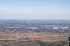 Άποψη σχετικά με τη λίμνη Staffel και τους βαυαρικούς λόφους των Άλπεων στοκ εικόνες με δικαίωμα ελεύθερης χρήσης