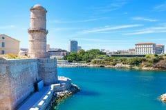 Άποψη σχετικά με τον παλαιό λιμένα στη Μασσαλία, Γαλλία Στοκ Φωτογραφία