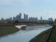 Άποψη σχετικά με τον ποταμό στοκ εικόνες με δικαίωμα ελεύθερης χρήσης