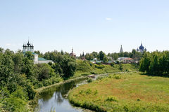 Άποψη σχετικά με τον ποταμό Kamenka Στοκ εικόνα με δικαίωμα ελεύθερης χρήσης