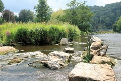 Άποψη σχετικά με τον ποταμό Semois, βελγικές Αρδέννες Στοκ Εικόνες