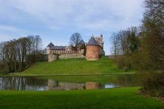 Άποψη σχετικά με το κάστρο Gaasbeek κοντά στις Βρυξέλλες Βέλγιο Στοκ φωτογραφία με δικαίωμα ελεύθερης χρήσης