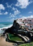 Άποψη σχετικά με Azenhas do Mar, Πορτογαλία Στοκ Εικόνες