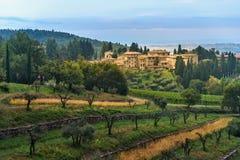 Άποψη σχετικά με Fonterutoli στην ανατολή Είναι χωριουδάκι Castellina σε Chianti στην επαρχία της Σιένα Τοσκάνη Ιταλία στοκ φωτογραφίες