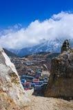Άποψη σχετικά με Namche Bazar, περιοχή Khumbu, Ιμαλάια Νεπάλ Στοκ Φωτογραφία