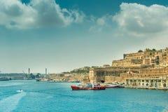 Άποψη σχετικά με Valletta από τη θάλασσα στη Μάλτα Στοκ Εικόνες