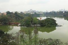 Άποψη της λίμνης Hoan Kiem Στοκ Φωτογραφίες