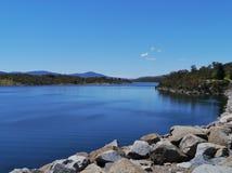 Άποψη της λίμνης Jindabyne Στοκ φωτογραφία με δικαίωμα ελεύθερης χρήσης