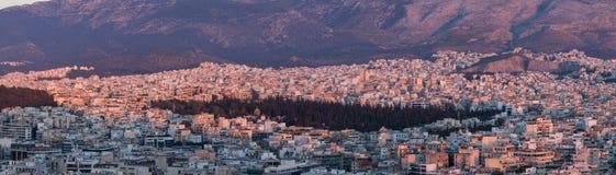 Άποψη της Αθήνας στο ηλιοβασίλεμα Στοκ εικόνα με δικαίωμα ελεύθερης χρήσης