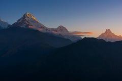 Άποψη της αιχμής Annapurna και Machapuchare στην ανατολή από Poonhill, Νεπάλ Στοκ φωτογραφία με δικαίωμα ελεύθερης χρήσης