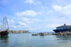 Άποψη της αποβάθρας με μερικές βάρκες Στοκ Εικόνες