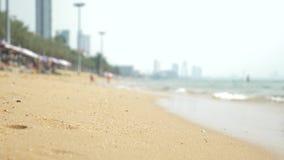 Άποψη της αστικής ασιατικής παραλίας, ανάχωμα 4K θαμπάδα, υπόβαθρο απόθεμα βίντεο