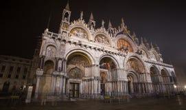 Άποψη της βασιλικής του SAN Marco στο τετράγωνο SAN Marco τή νύχτα, στη Βενετία Venezia, Ιταλία Στοκ εικόνα με δικαίωμα ελεύθερης χρήσης