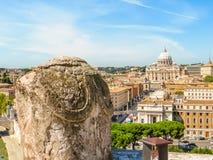 Άποψη της βασιλικής του ST Peter ` s από Castel Sant ` Angelo Στοκ Εικόνες