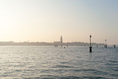 Άποψη της Βενετίας από το κανάλι Στοκ εικόνα με δικαίωμα ελεύθερης χρήσης