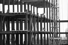 Άποψη της βιομηχανικής κατασκευής το βράδυ Στοκ φωτογραφίες με δικαίωμα ελεύθερης χρήσης