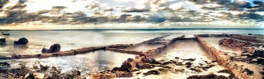 Άποψη της βρώμικης παραλίας του guanabo στην Κούβα Στοκ Εικόνα