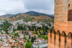 Άποψη της Γρανάδας και AlbaycÃn από το παλάτι Nasrid Alhambra Ανδαλουσία Γρανάδα Ισπανία στοκ φωτογραφία με δικαίωμα ελεύθερης χρήσης