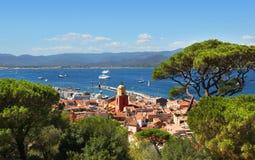 Άποψη της εικονικής παράστασης πόλης και του λιμανιού Αγίου Tropez Γαλλία από το Citadelle Στοκ Εικόνες