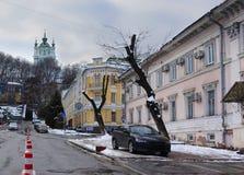 Άποψη της εκκλησίας του ST Andrew ` s από Podil στο Κίεβο Στοκ φωτογραφία με δικαίωμα ελεύθερης χρήσης