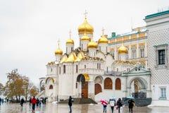 Άποψη της εκκλησίας της Μόσχας Κρεμλίνο τη χειμερινή ημέρα Στοκ Εικόνα