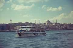 Άποψη της Ιστανμπούλ από το νερό Στοκ φωτογραφία με δικαίωμα ελεύθερης χρήσης